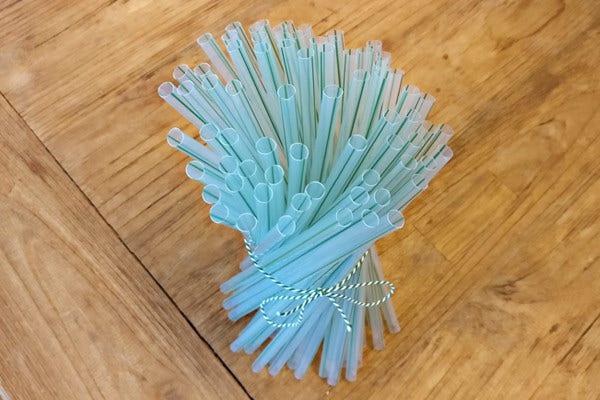 Bioplastik Strohhalmen